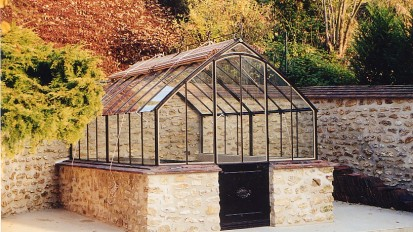 Versigny Greenhouse